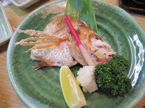 魚勢 鱚やの海鮮丼:上杉謙信